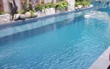 Hồ bơi tư gia Mr. Elysa Q. 7